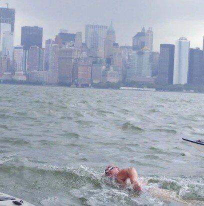 Человек переплывший Амазонку, Дунай, Янцзы и Миссисипи.
