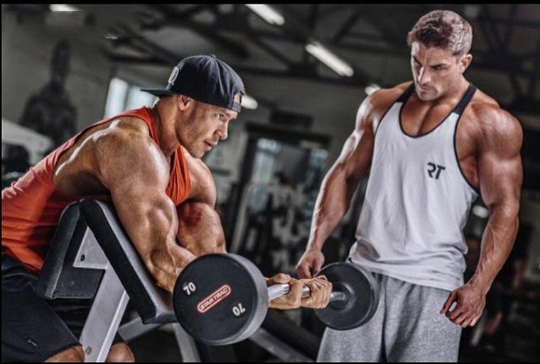 5 упражнений для тренировки бицепса