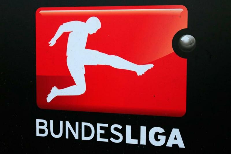 Лидеры Бундеслиги отдали 20 млн евро, чтобы спасти футбол Германии