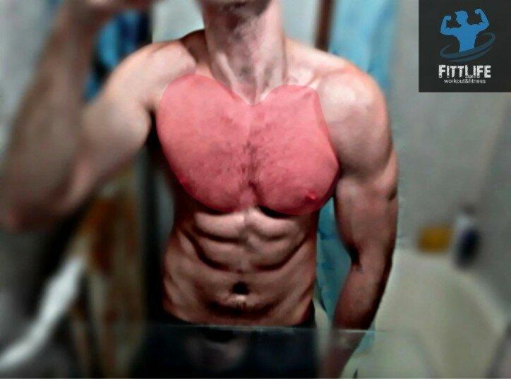 Нет времени на полноценные тренировки. Этот домашний комплекс упражнений, быстро прокачает грудные мышцы (за 7 минут в день)