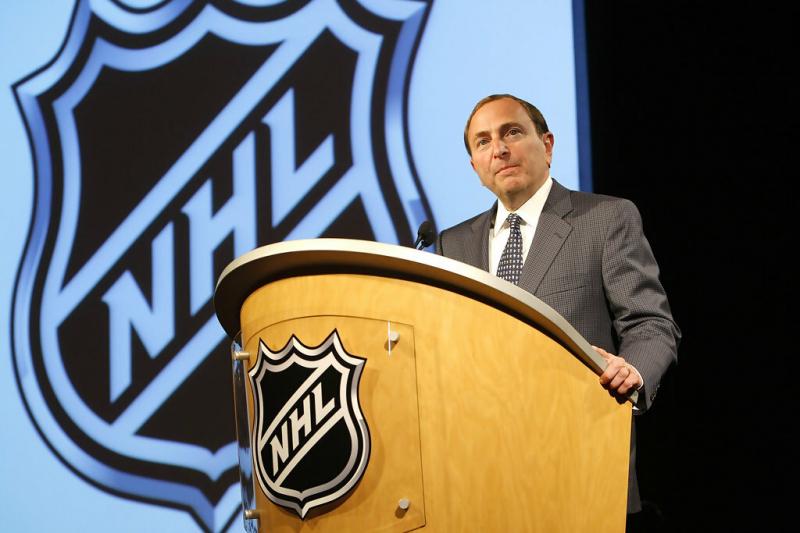 НХЛ приостановила сезон. Это плохо для хоккеистов и владельцев