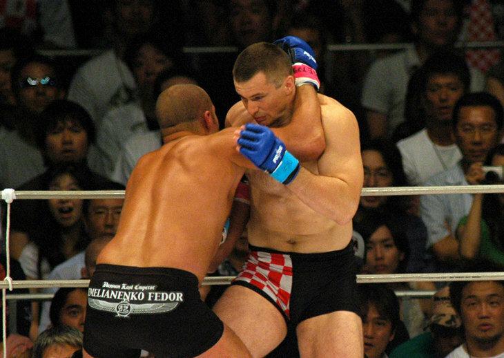 UFC опубликовал бой Фёдора Емельяненко с Мирко «Кро Копом»