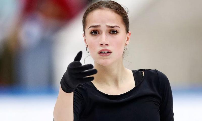 Загитова рассказала, как она жила до Олимпиады и как после, но не все поклонники ей поверили