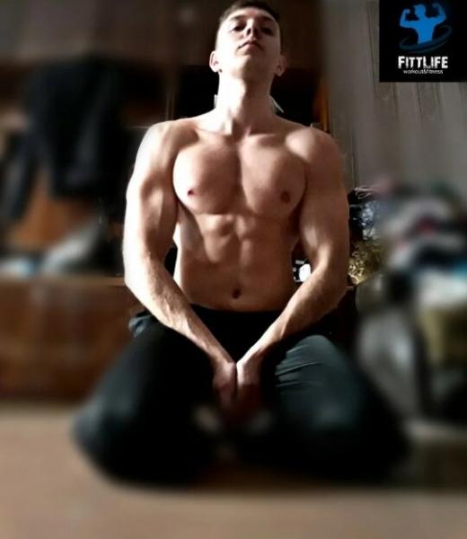 Как быстро накачать грудные мышцы со своим весом. Моя тренировка до сильного жжения мышц (за 15 минут)