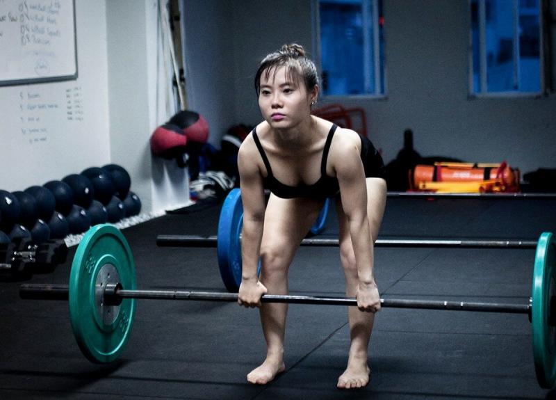 Лучшее упражнение для массы бицепса бедра