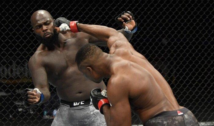 Новичок грозился завоевать UFC, но был нокаутирован Фрэнсисом Нганну за 20 секунд (видео)