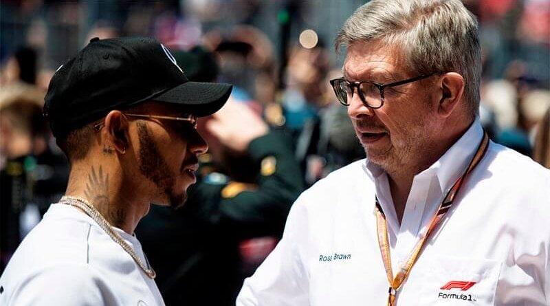 Браун: Формула-1 поддерживает позицию Хэмилтона против расизма