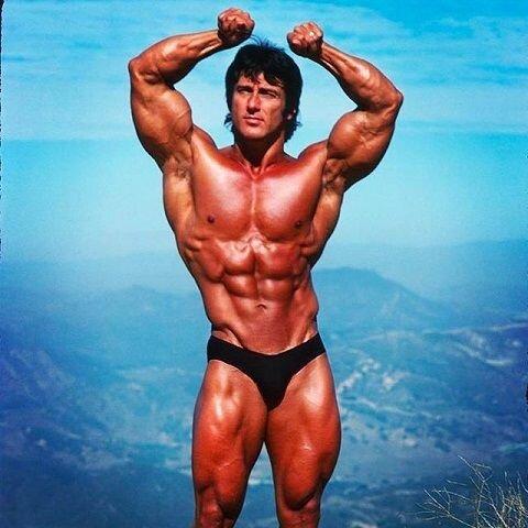 """Победил Шварценеггера, был трижды """"Мистер Олимпия"""" и весил при этом лишь 84кг!"""