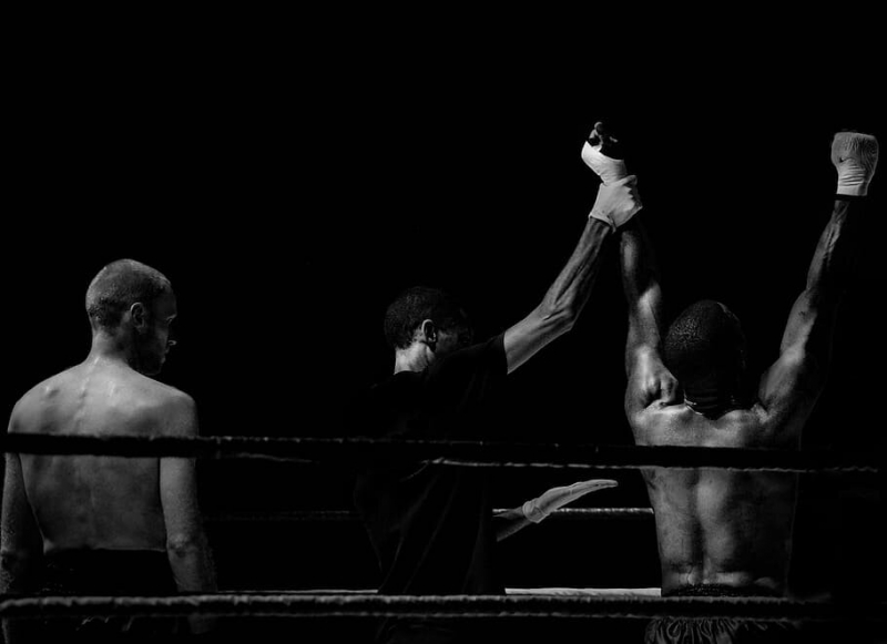 Спустя полтора года результат неправильно остановленного боя на UFC наконец был отменен