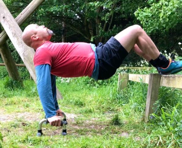 Суровые мужские подъемы с фиксацией, для тренировки рук и спины
