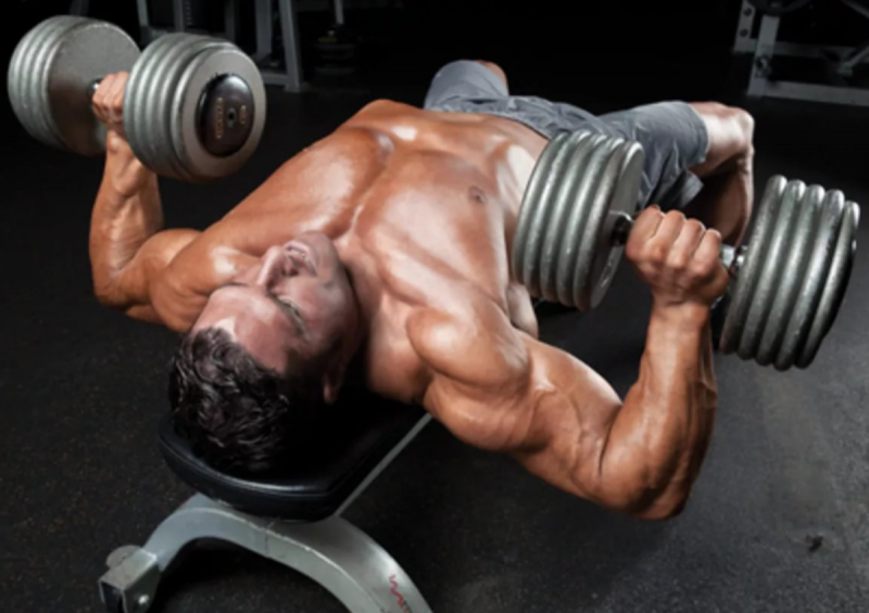 Как накачать грудные мышцы мужчине