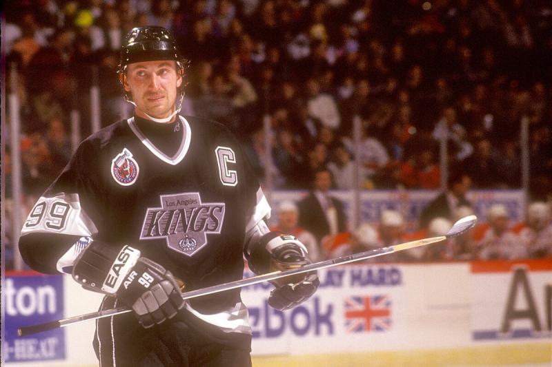 Лидеры всех времён в НХЛ по количеству голов в меньшинстве