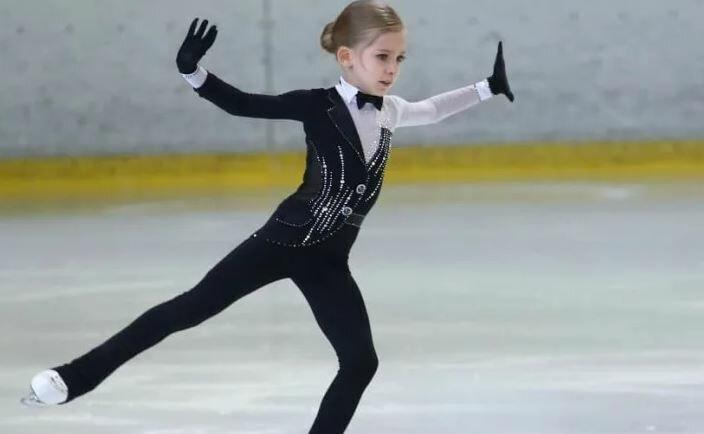 Плющенко показал 8-летнюю ученицу, которая перешла к нему из группы Тутберидзе, болельщики отреагировали