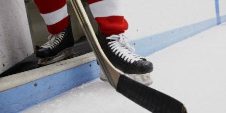 Сезон игр НХЛ может начаться в августе