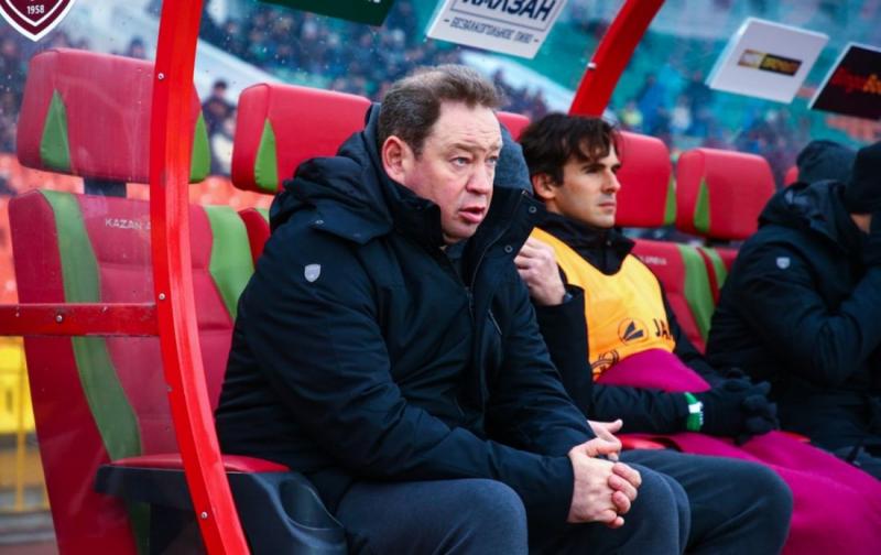 Слуцкий: «Макаров забивает «трехочковые» голы, сейчас он игрок основы «Рубина»