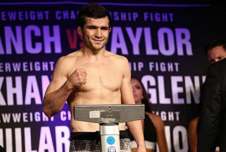 Грядущий турнир UFC лишился российского бойца