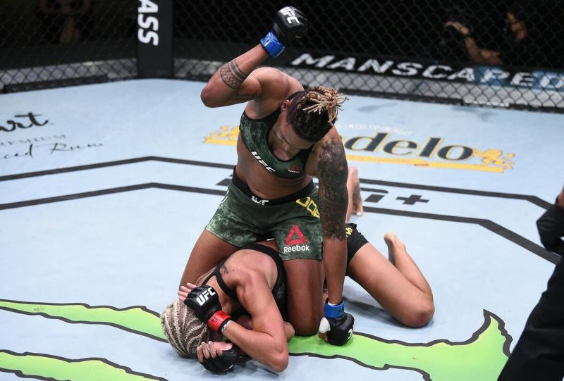 Игрок поставил на Марию Агапову большую сумму и проиграл. Самая глупая ставка в истории UFC