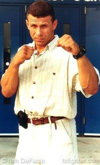 Он мог стать вторым нашим Чемпионом UFC, но не стал в марте 98-ого г. Помешала самоуверенность.Ошибка поменяла многое