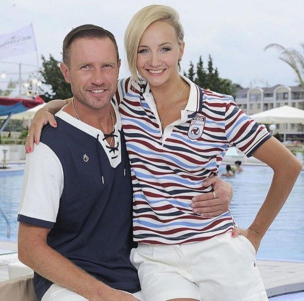 Гордимся и любуемся: 7 красивых пар прославленных спортсменов