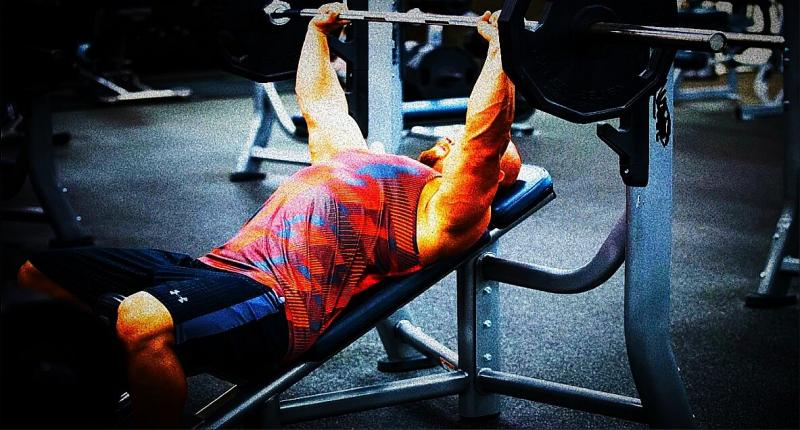 Как в 2-х упражнениях мощно прокачать грудные мышцы и трицепс. Это то, что пришлось оставить