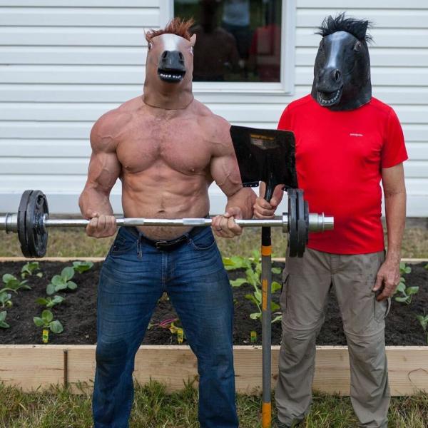 Джон Колл. Бодибилдер акробат крутит сальто после становой тяги при весе 104 кг