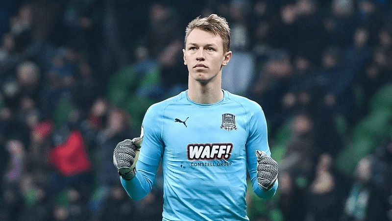Сафонов получил предложение от клуба АПЛ