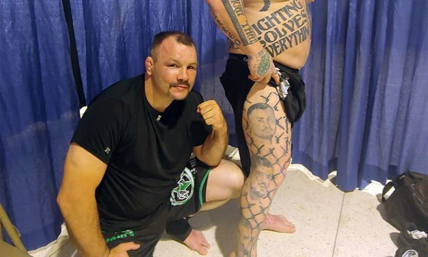 👊 Действующий боец, который провел 320 профессиональных боев по ММА и 75 поединков по боксу