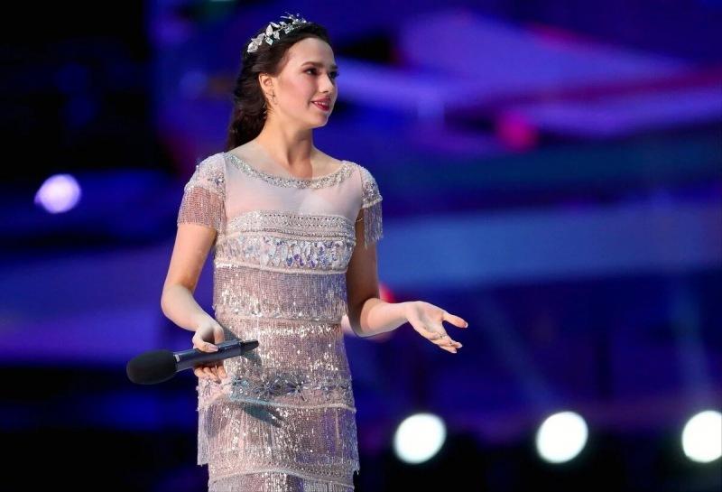 """Алина Загитова: """"в Олимпийский сезон не пила воду"""". Давайте посмотрим на её слова с адекватной стороны."""