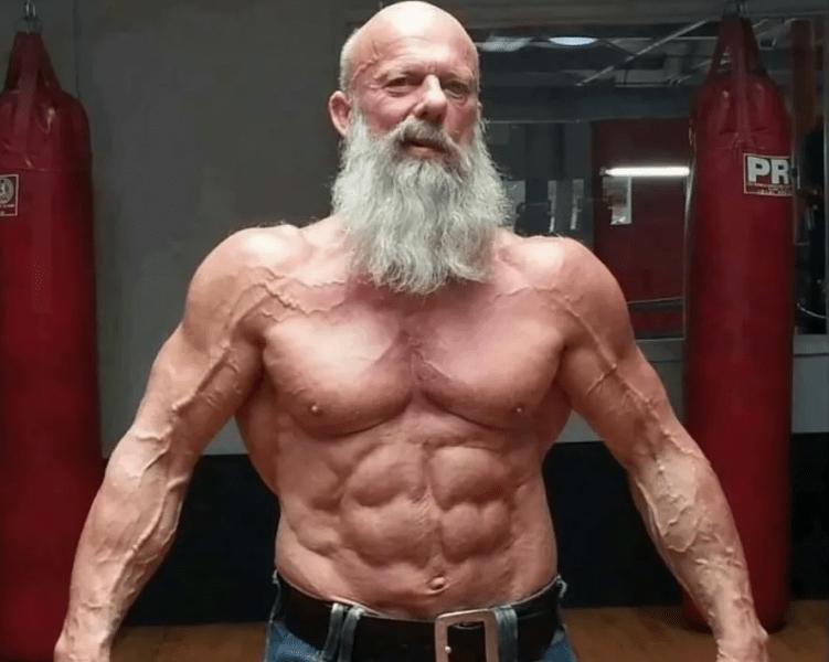Как накачать мышцы после 40 лет: практические советы от моего Учителя
