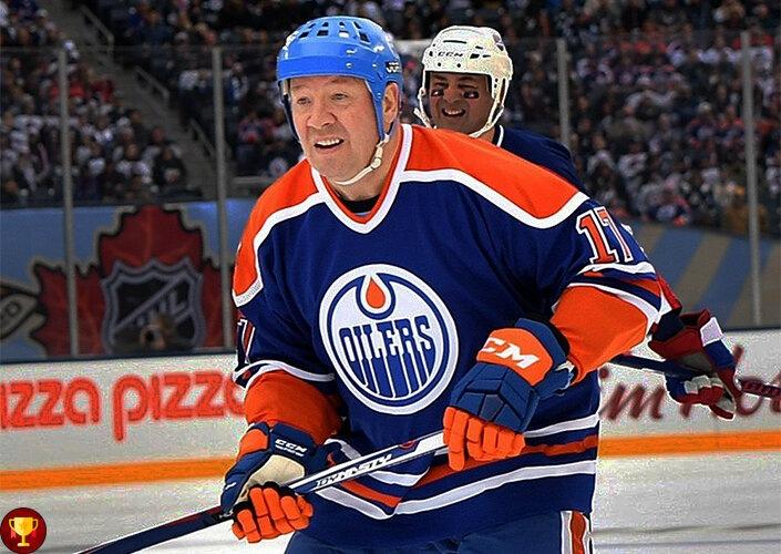Кому из европейских хоккеистов удалось забросить больше всего шайб за всю историю NHL.