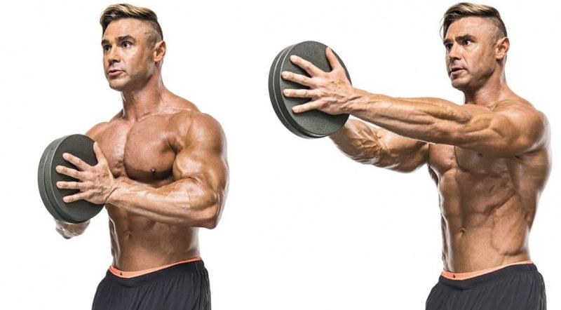 Два эффективных упражнения для развития грудных мышц, о которых мало кто знает