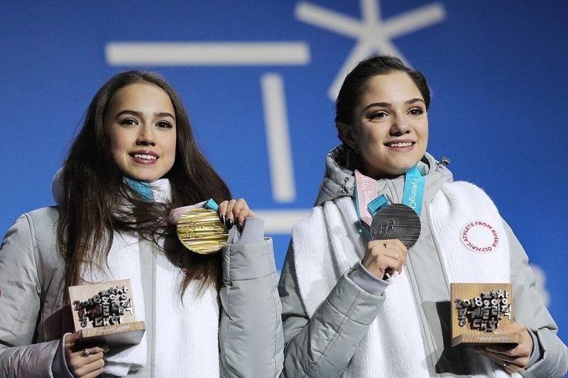По спортивному принципу: фигуристок Загитову и Медведеву не включили в сборную, Косторная - в резерве. Почему так