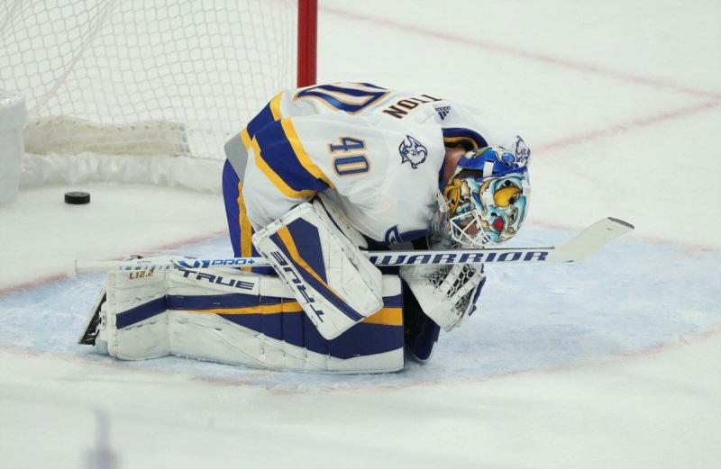 Первый номер минувшего драфта предпочёл университет команде НХЛ.