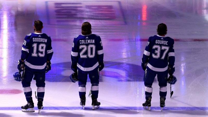 Четыре команды НХЛ, ставшие заметно слабее за межсезонье 2021.