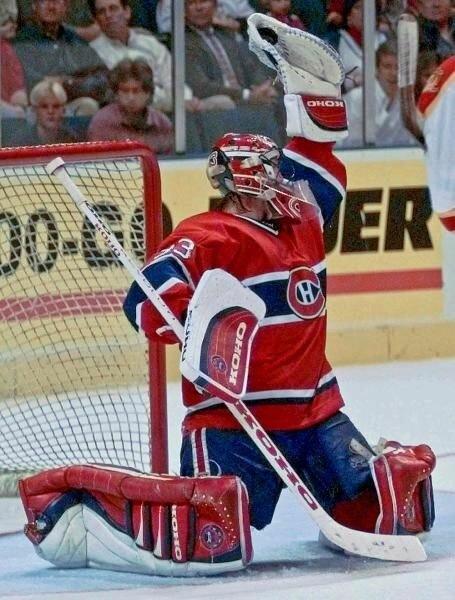 Невероятные истории из НХЛ: Патрик Руа и его Статуя свободы.